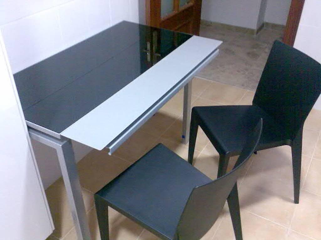 Dise os en mesas de cocina modernas for Mesas modernas