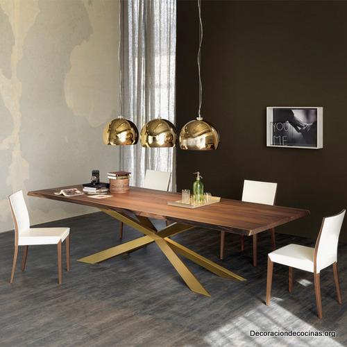 Mesa con bordes irregulares hecha de madera (4)